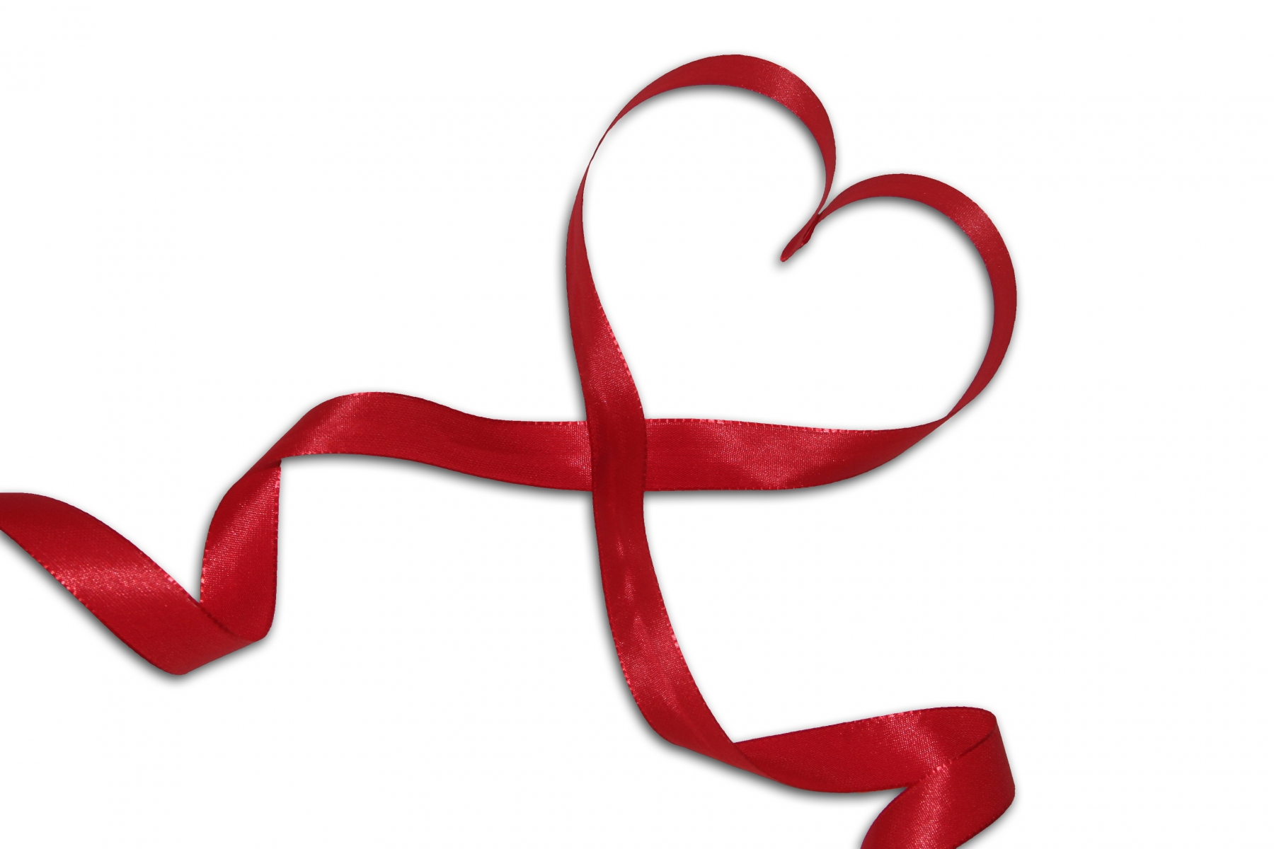 1184523-heart-of-a-red-bow